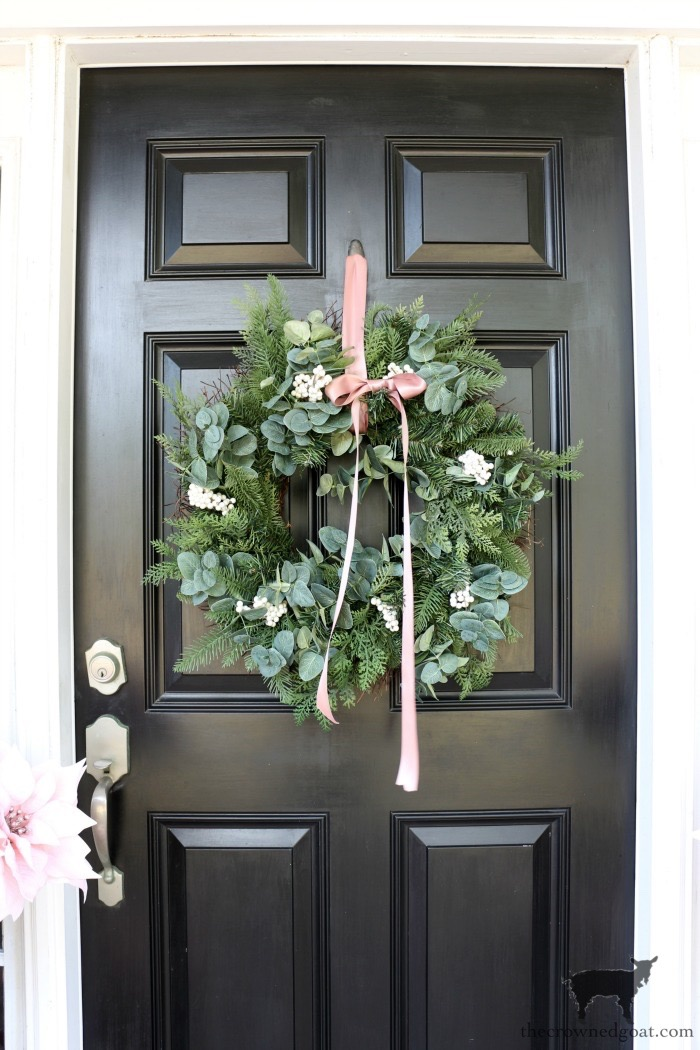 Soft-Romantic-Christmas-Porch-The-Crowned-Goat-11 Soft & Romantic Farmhouse Christmas Porch Christmas Holidays
