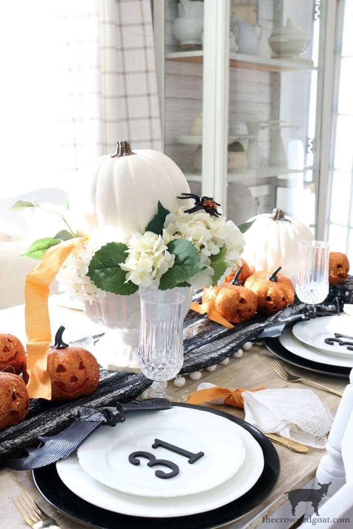 Last-Minute-Halloween-Tablescape-Ideas-The-Crowned-Goat-21 Last Minute Halloween Tablescape Ideas Fall Halloween Holidays