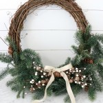 Effortless-Christmas-Wreath-The-Crowned-Goat-19 Holidays