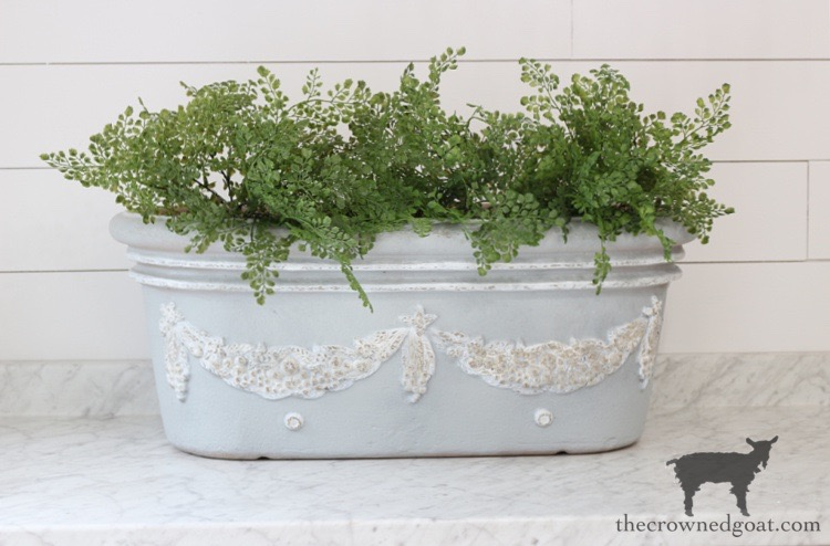 French-Country-Painted-Planter-The-Crowned-Goat-18 French Country Painted Planter Crafts Decorating DIY Painted Furniture
