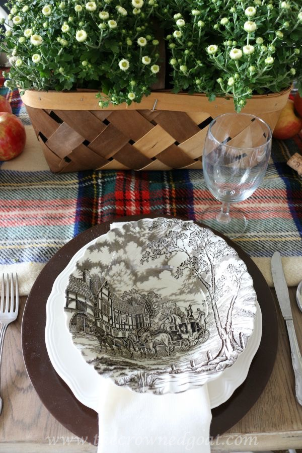 Fall Inspired Tablescape - 100815-13