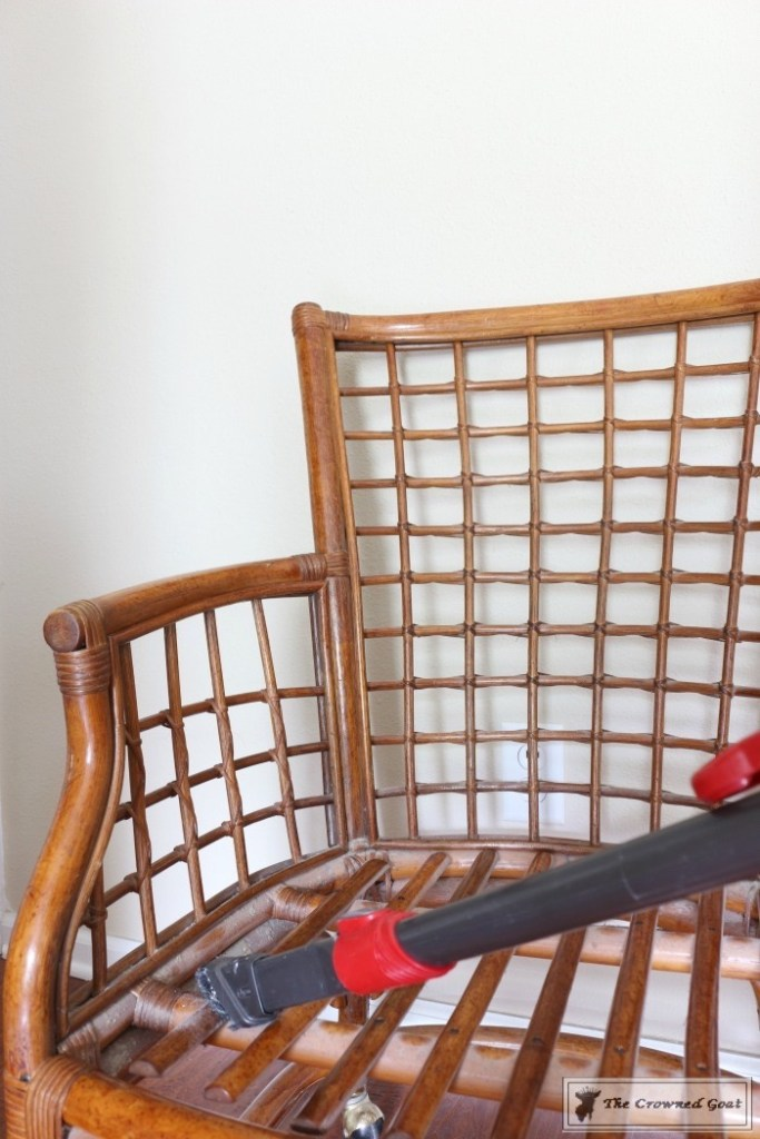 Revitalizing a Rattan Chair with DIY Furniture Polish-4