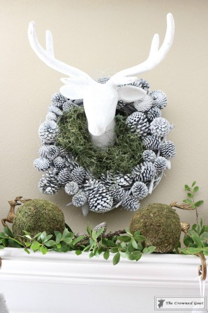 nature-inspired-christmas-mantel-2