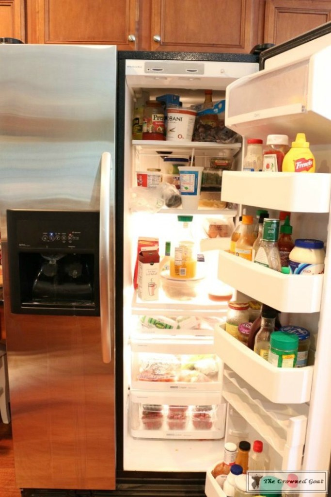 organize-your-refrigerator-with-baskets-2