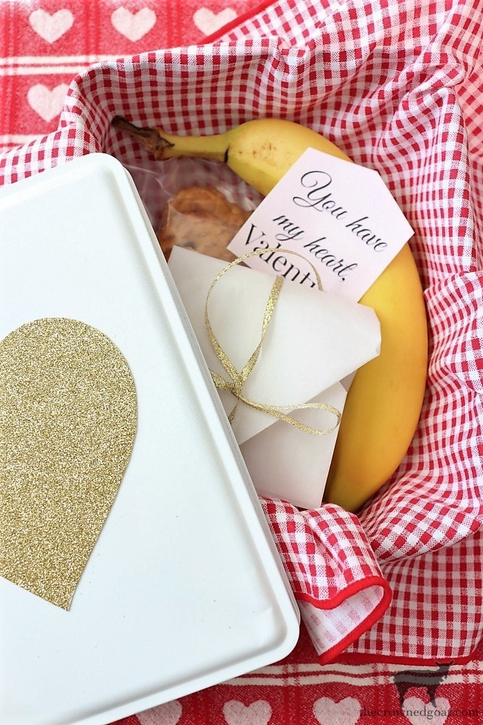 How to Make a Simple Valentine's Gift Container
