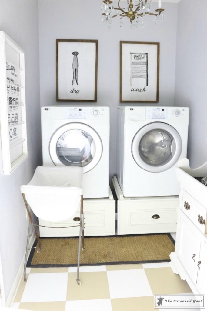Nine Ways to Keep the Laundry Room Organized-4
