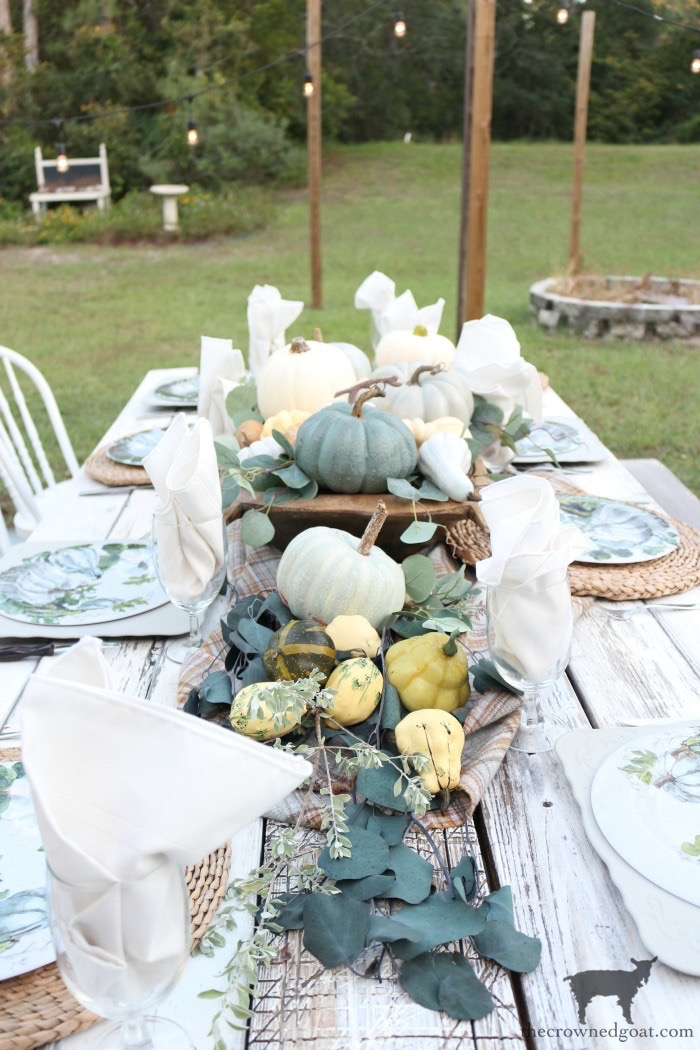 Fall Inspired Outdoor Tablescape