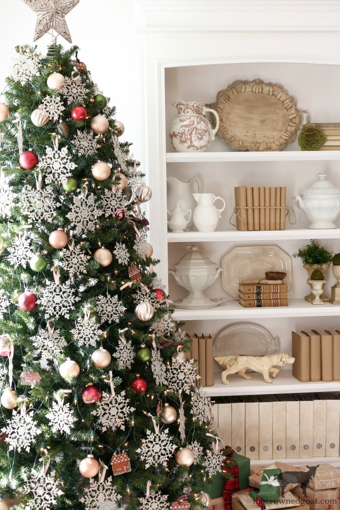 Effortless Christmas Home Tour - The Crowned Goat