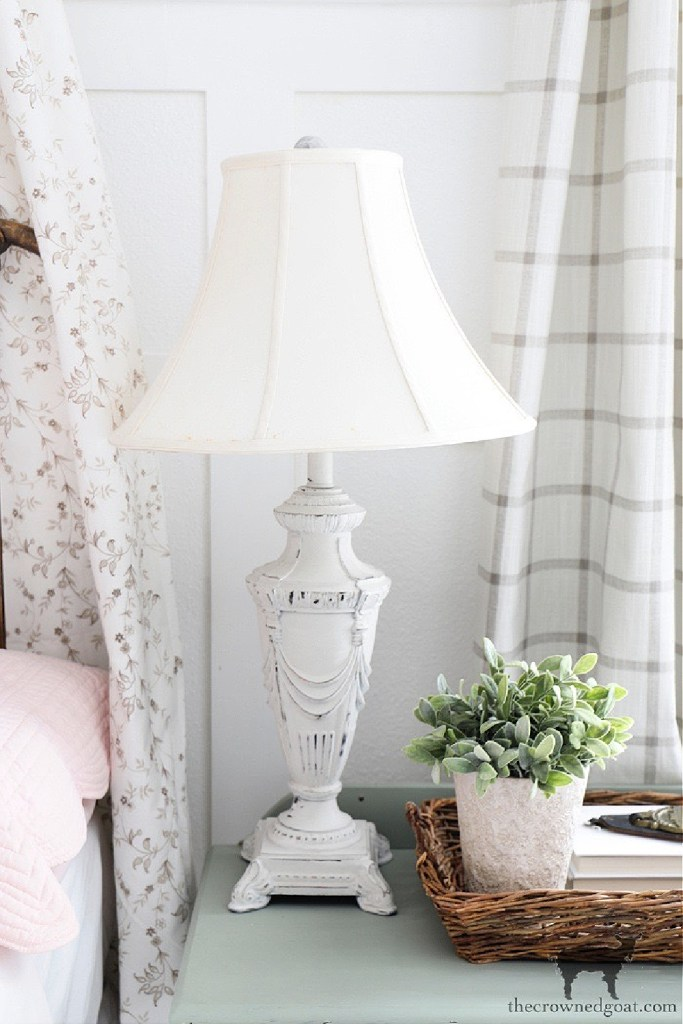 Quick and Easy Lamp Makeover-The Crowned Goat