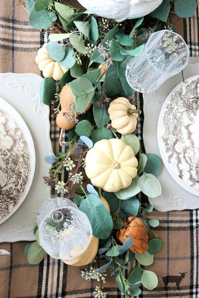 -DIY Greenery Table Runner-The Crowned Goat