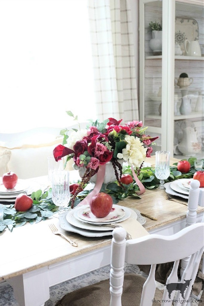 Elegant Fall Tablescape with Applies-The Crowned Goat