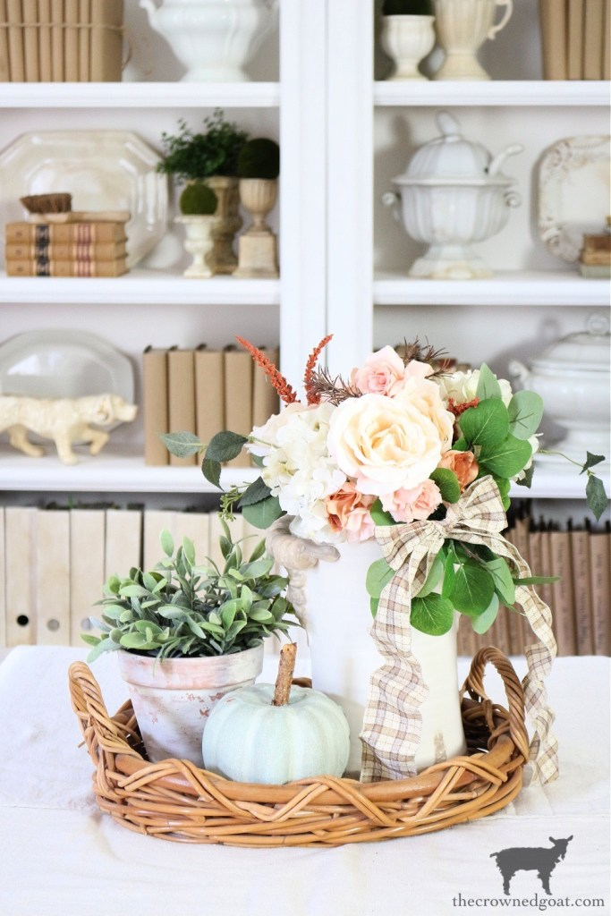 Fall Vignette with DIY Heirloom Pumpkin in the Living Room-The Crowned Goat