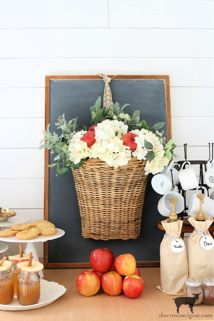 Simple Chalkboard Decorating Ideas-Fall Cider Bar-The Crowned Goat