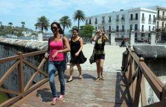 jovenes-cubanos-4-580x377