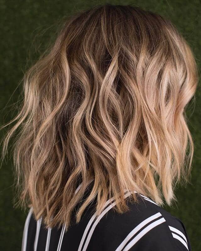 Wavy Short Brown Hair with Highlights