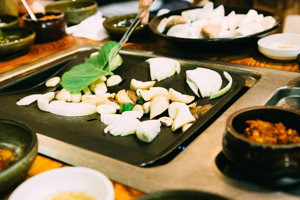 We asked 25 travel bloggers to inspire you with a glimpse inside the best food tours they've ever taken. Here's what they had to say. | photo contributed by Juliana Dever, CleverDeverWherever