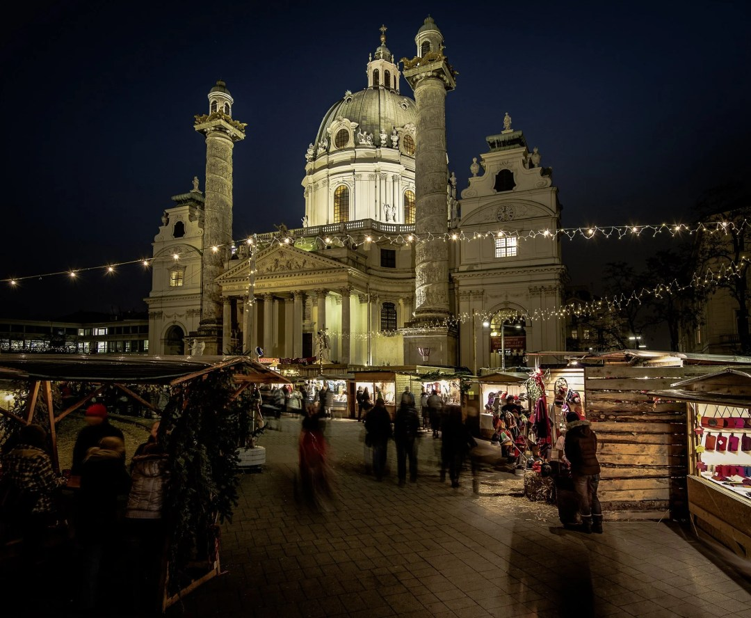 Art Advent market at night in Vienna