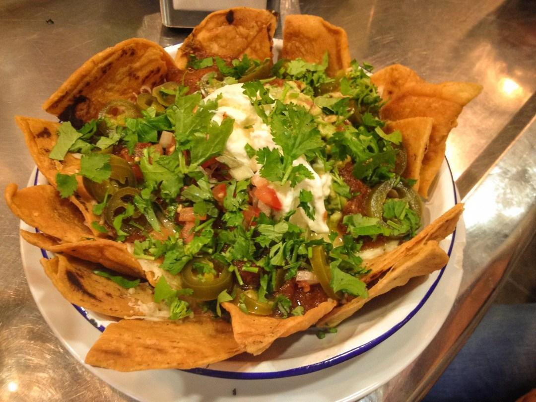 Fast Fodo Barcelona - nachos at El Pachuco
