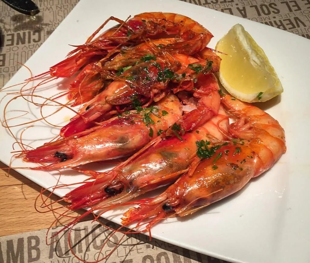 What to Eat in Barcelona - Gambes a la Planxa