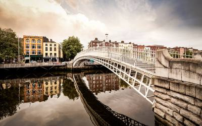 Our Picks for the Top 3 Food Experiences in Dublin (Food Halls, Markets, and Cookery Courses)