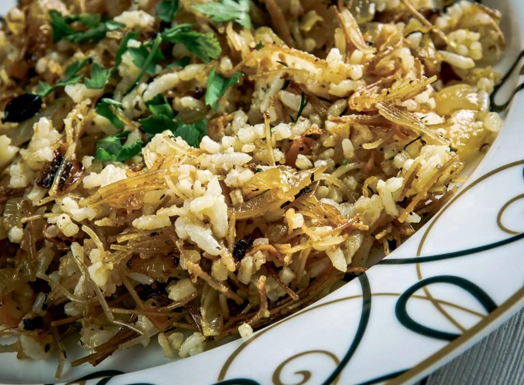 Popular Middle Eastern Foods: Turkish Pilaf - Sehriyeli pilav