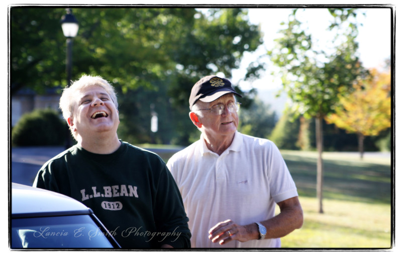 Kevin-Belmonte-laughing-with-Dave-Powell-2010