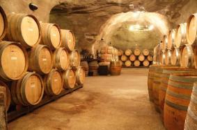 gibbston-valley-wine cave