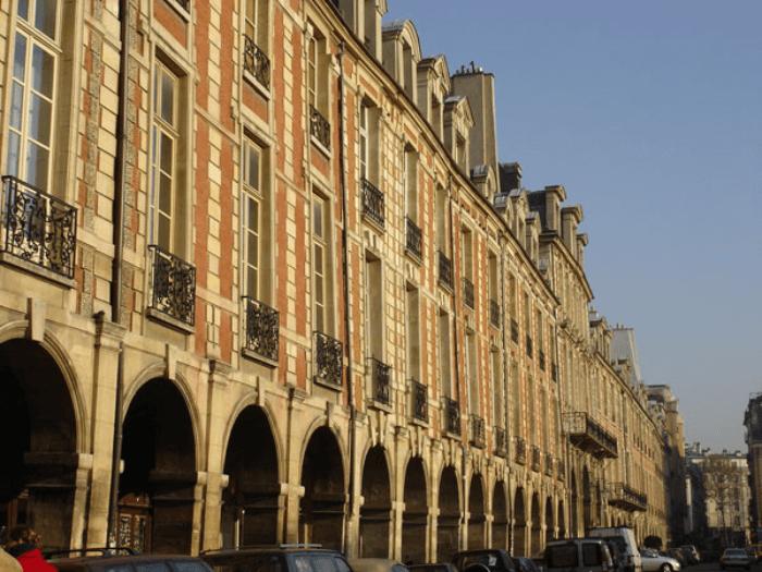 Place des Vosages Paris