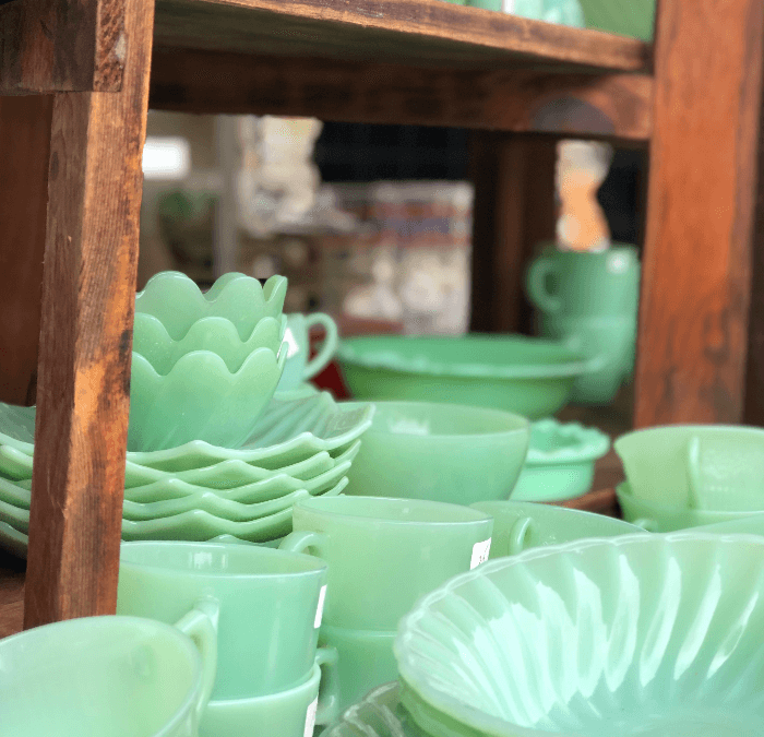 Brimfield Antique Flea Market:  A Guide