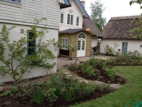 The Curious Gardener Gardening Services