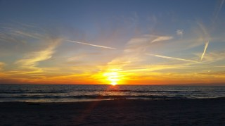 thecurrentfashion-com_2017-02-17_sunset_longboat-key-sarasota_182200