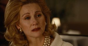 Laura Linney in Nocturnal Animals