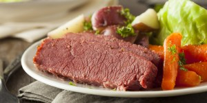 corned-beef-cabbage-carrots-potatoes-012317