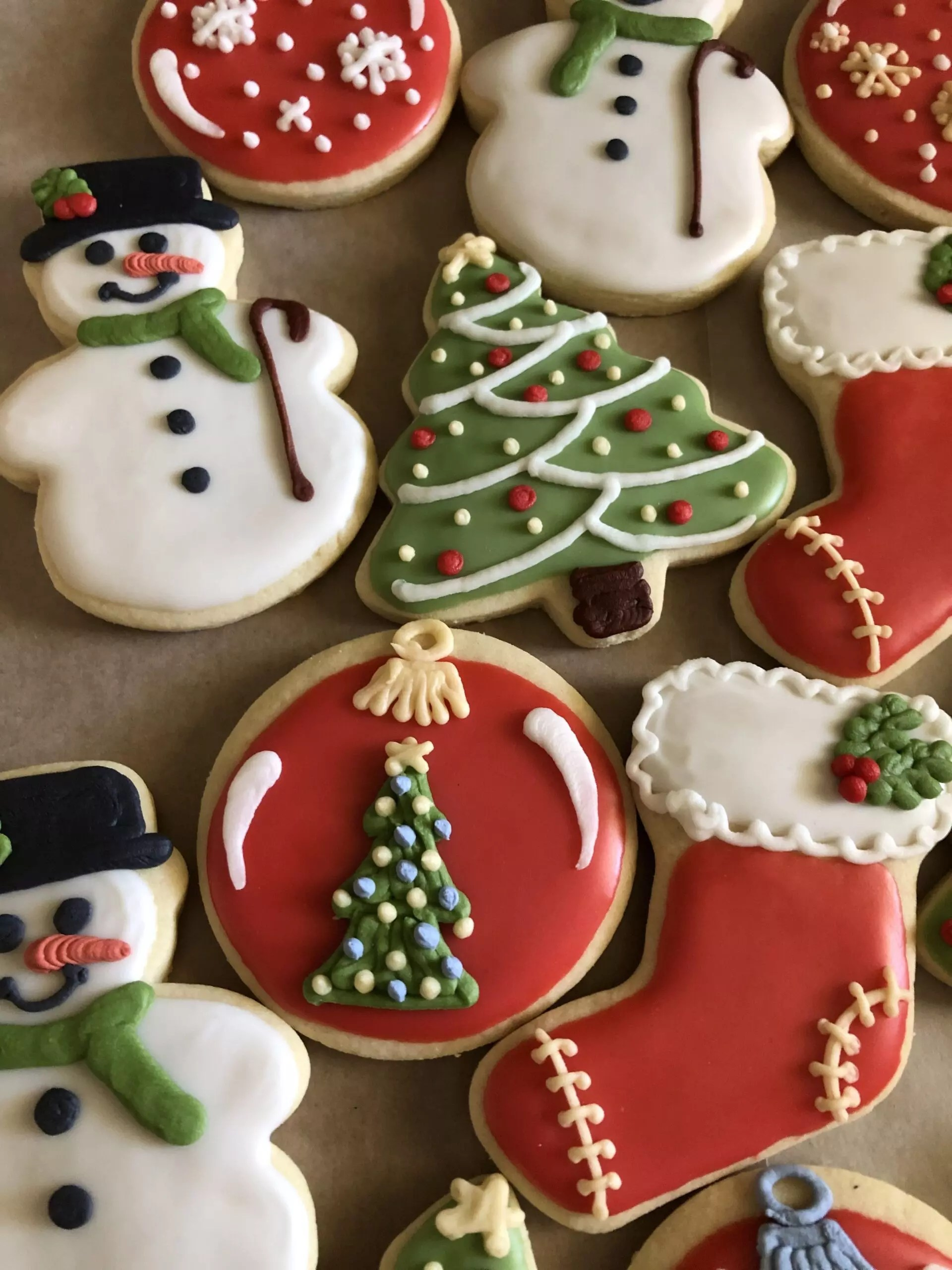 2020/12/20 Baking And Decorating Holiday Sugar Cookies Ages 16