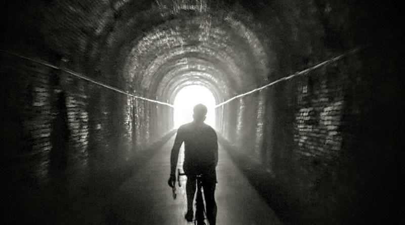 Black box biking