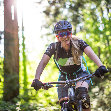 Women-Mountain-Bike-Clinic-Photo-by-Kevin-Light
