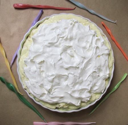 Pretzel Crust Banana Cream Pie