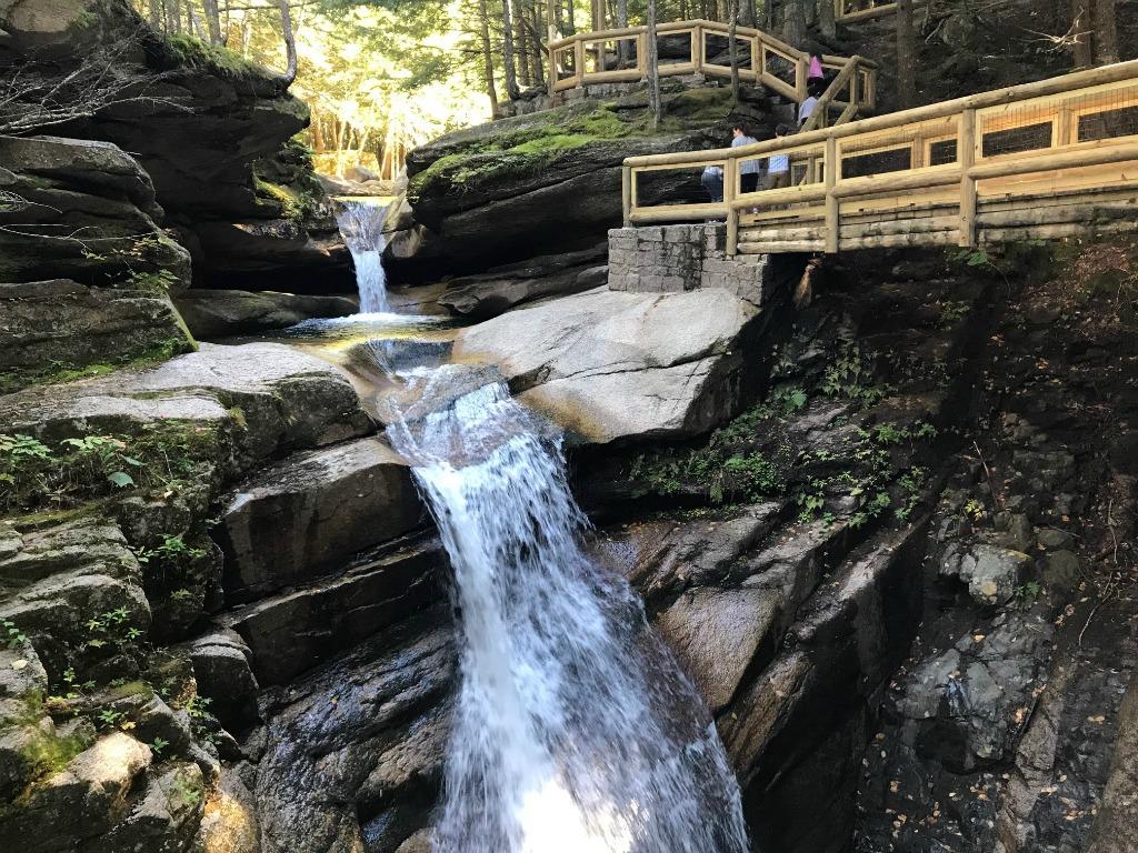 easy NH hikes, Waterfalls in NH