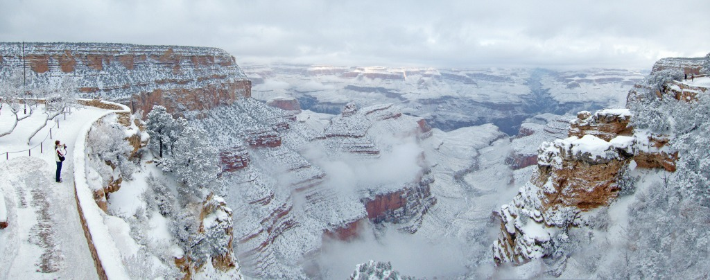 south rim of the Grand Canyon in winter