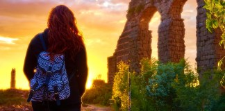 6 TIPS FOR STAYING SAFE AS A SOLO FEMALE TRAVELER