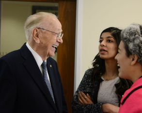 Sherrill speaks with Wolff Center entrepreneur juniors Madiha Jamil and Jessica Ramirez after class. | Pablo Milanese/The Cougar