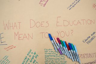 GCSW students ask fellow UH students how much they value education. | Photo by Pablo Milanese