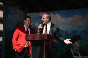 """Board of Regents Chairman Tilman Fertitta took the stage during lunch at Scholz Garden, where he implied at the death of the UT System's expansion plans into Houston. """"We're not putting a campus in Austin and they're not putting a campus in Houston,"""" Fertitta said. """"I can promise you that."""" Shortly before the group left Austin, State Sen. Borris Miles announced that the University of Texas System would not expand into Houston as planned, despite a $215 million plot of land the system had already purchased. 