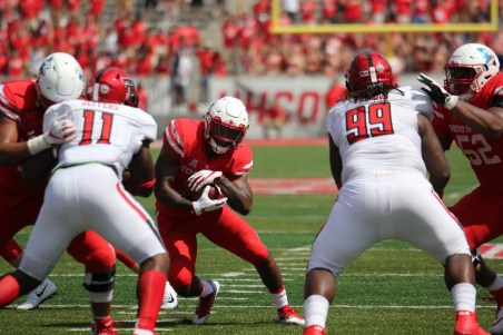 The ground attack of the Cougars was silenced by Texas Tech's defense Saturday, holding Houston to just 110 yards on 3.5 yards per carry. | Thomas Dwyer/The Cougar