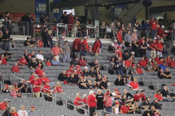 Fans showed up late and left early for the game against Memphis. Most notable was the filled student section, despite the up-and-down season. It has been hard to fill the stadium just one year after former head coach Tom Herman left UH. | Thomas Dwyer/ The Cougar