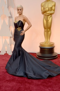 oscars-red-carpet-Rita