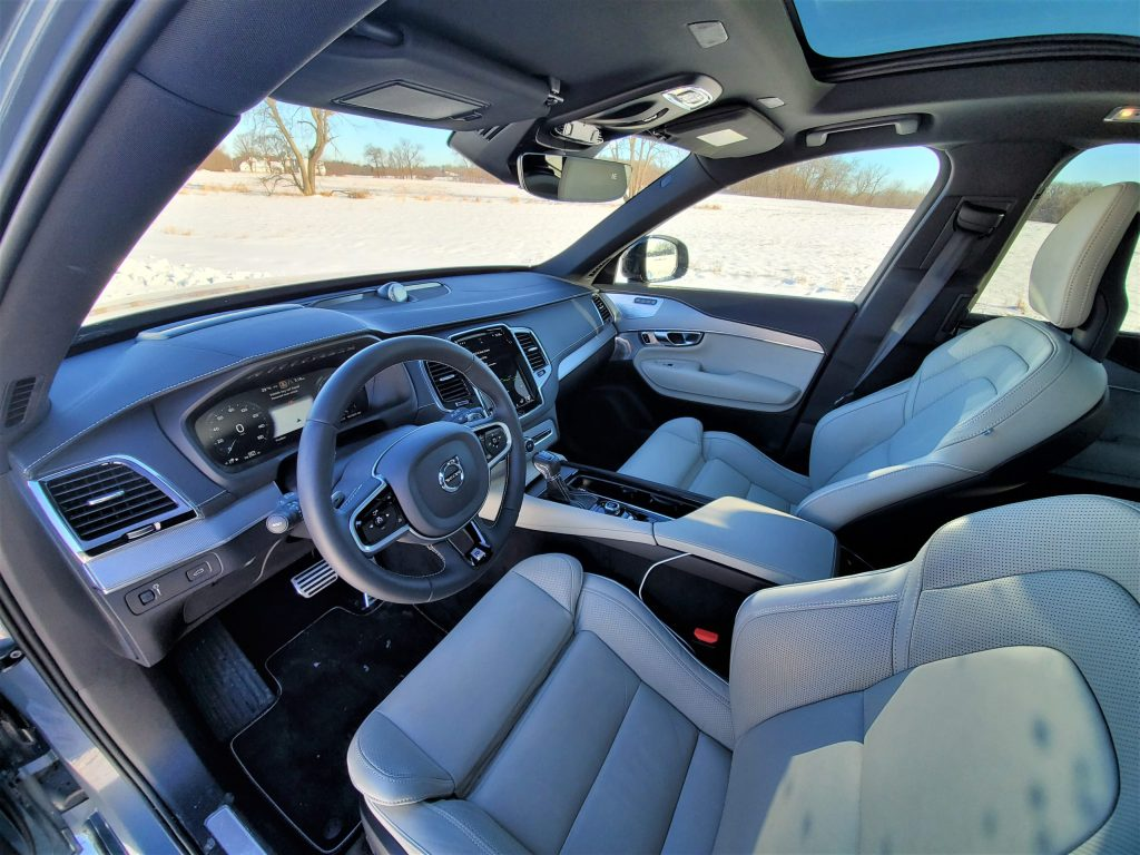 2020 Volvo XC90 R-Design Interior