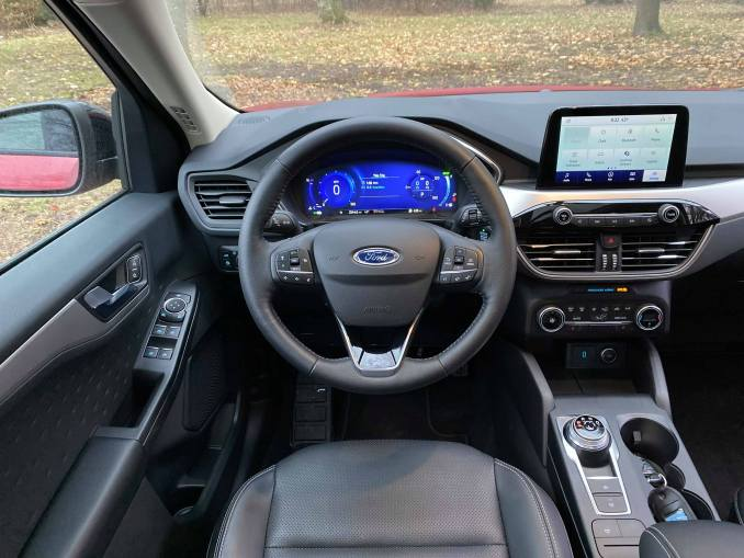2020 Ford Escape steering wheel