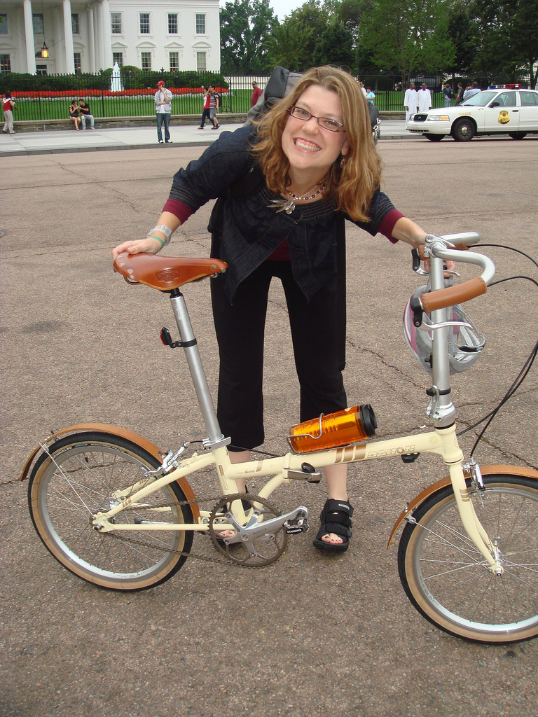 MG and her Dahon Hon Solo