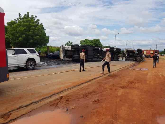 11 escape death, 3 injured in Anambra multiple crash 3